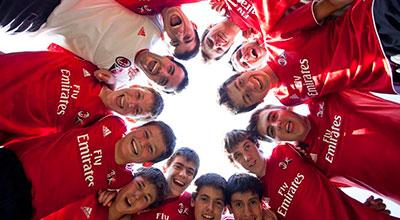 Ven al Campamento AC Milan con Tour Idiomas