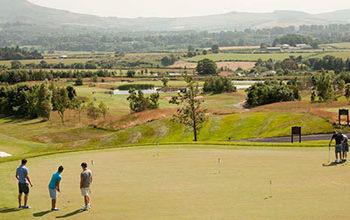 Ven al Campamento de Golf con Tour Idiomas
